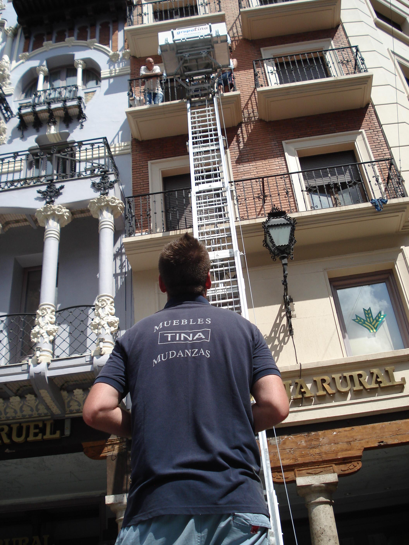 Muebles Y Mudanzas Tina En El Centro Hist Rico De Teruel # Muebles Tina Calamocha